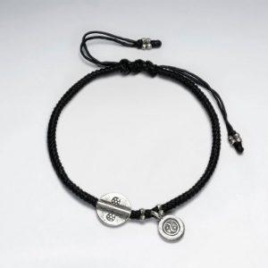 Bracelet Coton Ciré Macramé avec Perle Antique en Argent Fait Main