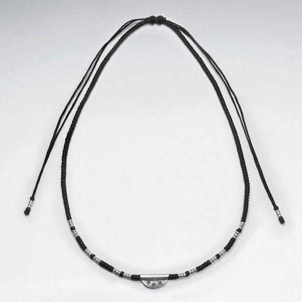 Collier Macramé Coton Ciré avec Perles de Tube en Argent